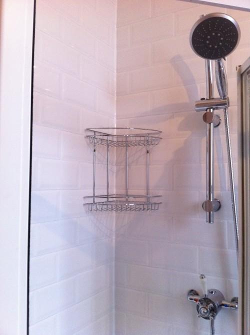 Victoria Plumb shower