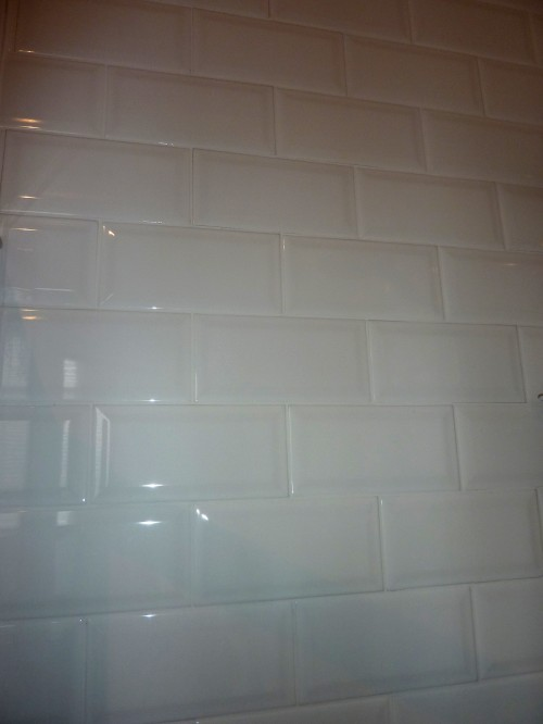 White gloss metro tiles keep it clean and fresh