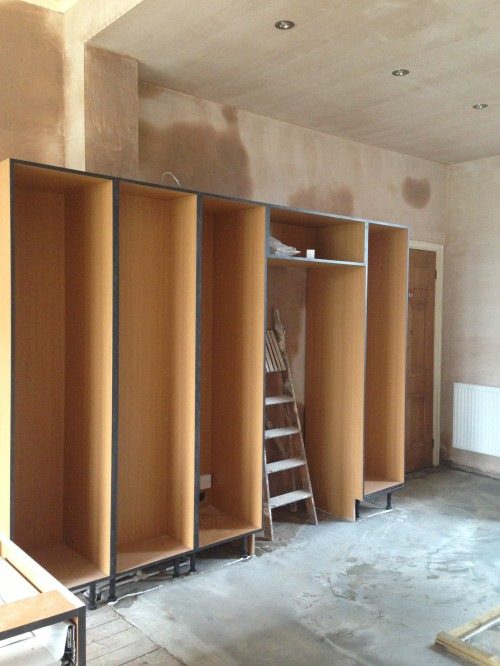 Tall cupboards with space for fridge freezer