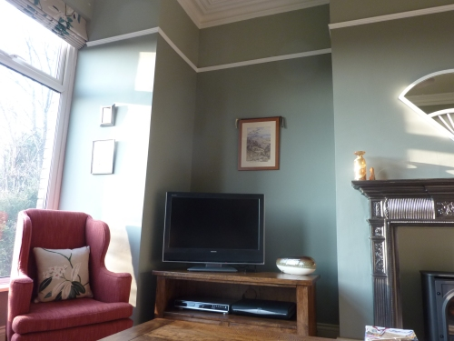 Farrow and ball pigeon blue gray off white pointing `