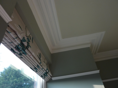 Farrow and ball pigeon blue gray off white pointing
